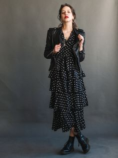 MD: No such metadata,Penelope Dress Fashion 2020, Look Fashion, Fashion Beauty, Girl Fashion, Womens Fashion, Fashion Design, Dr Martens Outfit, Modest Outfits, Chic Outfits