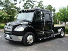 2015 Freightliner M2 106 SPORT SPORTCHASSIS | CONROE, TX | SportChassis/ Featherlite Trailers of Texas