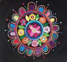 mandala-fleur brodé