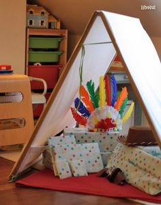 """This could so work as a Stuffed Animals """"DEN"""" in a Woodlands type room,, RIGHT? Idee Diy, Decoration, Kids Bedroom, Craft, Toddler Bed, Diy Tipi, Children, Birthday, Treehouse"""