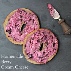 You can make Very Berry Cream Cheese at home using this schmear recipe. (Cream Cheese Making) Cream Cheese Homemade, Flavored Cream Cheeses, Homemade Ham, Homemade Bagels, Flavored Butter, Cream Cheese Recipes, Milk Recipes, Vegetarian Recipes, Vegetarian Breakfast