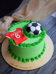 Football Birthday Cake, Soccer Birthday Parties, Soccer Party, Soccer Ball Cake, Sports Themed Cakes, Mango Cake, Sport Cakes, Best Chocolate Cake, Cake Decorating Tips