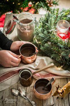 Preparado casero para chocolate caliente. Homemade hot chocolate.