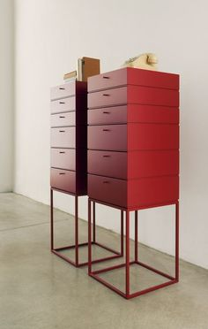 Dresser red: