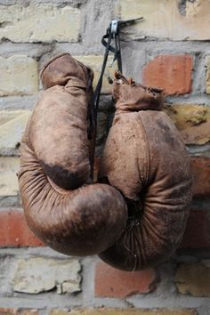 vintage boxing gloves
