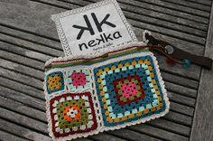 nekka: Carteira de mão e Clutch