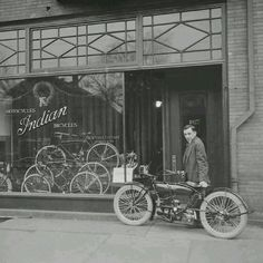 """Vintage Photo"" Indian Motorcycle Company"