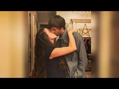 JILL DUGGAR Makes Out With Husband Under the Mistletoe and Fans Think Th...