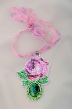 Damen Collier handmade Glasperlen Schmuck mit Naturstein Geschenk für Frau Rose