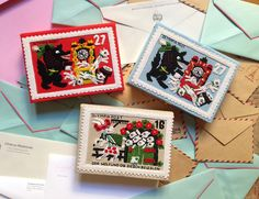 Felt Stamp clutches by Olympia Le-Tan Tan Purse, Contemporary Embroidery, Yarn Thread, Olympia Le Tan, Sewing Box, Mail Art, Diy Projects To Try, Clutch Wallet, Textile Art