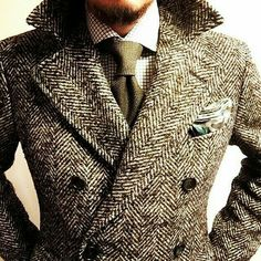 British Style — mensstreet: men's style Sharp Dressed Man, Well Dressed Men, Gentleman Mode, Style Masculin, Fashion Mode, Fashion Vest, Fashion Outfits, Paris Fashion, Runway Fashion