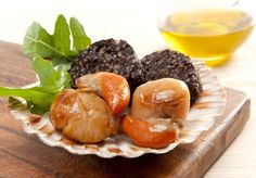 A fresh combinationtion of locally sourced scallops and black pudding from Kilmore Quay. Black Pudding, Dinners, Meals, Fresh Seafood, Seafood Dishes, Food Service, Scallops, Irish, Hotels