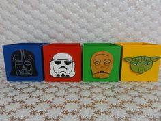Cachepô em madeira (mdf), decorado com recorte em mdf, carinha de personagem de Lego Star Wars.
