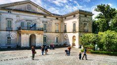 Berjalan-jalan di Taman Museum Duca di Martina