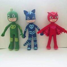 Crochet Bows Free Pattern, Baby Knitting Patterns, Crochet Toys, Crochet Baby, Knit Crochet, Rugrats, Smurfs, Retro Cartoons, Miraculous Ladybug