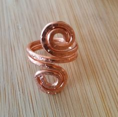 COPPER Spiral hammered and textured ring size 4 FREE SHIPPING by GailsGiftHut on Etsy