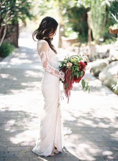 Photography : Ashley Kelemen | Photography : Ashley Kelemen | Floral Design : The Dainty Lion Floral Co | Wedding Dress : Inbal Dror Read More on SMP: http://www.stylemepretty.com/2016/08/30/modern-unique-palm-springs-teepee-wedding/