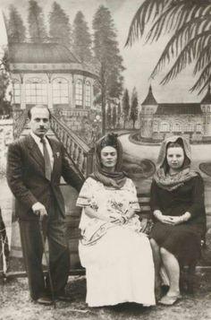 Frida Kahlo, Natasha Gelman, Octavio Bustamante.....ca. 1945