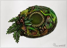 This one, I am going to try!  Spirala beading: bead embroidery