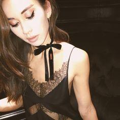 Anabela lace dress and cybele choker #ayai