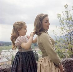 'The Sound of Music' Like You've Never Seen It Before! Rare Photos of Film Classic Come to Life Sound Of Music Quotes, Sound Of Music Movie, My Fair Lady, Iconic Movies, Great Movies, Carrie Underwood, Halloween 2018, Sound Of Music Costumes, Movie Wedding Dresses