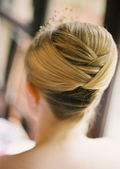 Preppy wedding hair idea