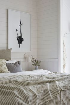 The Bower is possibly one of the best hotels in Byron Bay, Australia. Today we take a look inside & see how to get the same look yourself at home. Byron Beach, Turbulence Deco, Futon Bed, Beach House Decor, Home Decor, Beach Houses, Decoration Design, Bedroom Styles, Beautiful Bedrooms