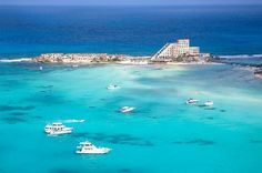 "Isla Mujeres ""Isle of Women"" looks like an amazing place to visit!"
