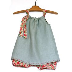 Linen dress with Liberty bloomer for little girls. Girl Outfits, Baby Style, Summer Dresses, Etsy, Trending Outfits, Babies, Boutique, Vintage, Clothes