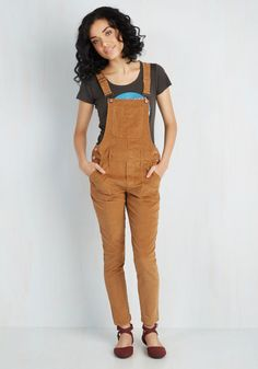 Ukulele Solo Overalls. Your campfire chillin experience is enhanced by the comfortable stretch that these corduroy overalls offer. #brown #modcloth