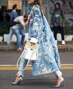 Product Floral Pattern Printed Long Sleeve coat Brand Name Chicokay SKU Gender Women Style Elegant /Fashion/Modern Type coat Material Polyester Fiber Decoration Printed Colour Please Note: All dimensions are measured manually with a deviation of 1 to Fashion Mode, Look Fashion, Winter Fashion, Womens Fashion, Milan Fashion, Fashion 2016, Blue Fashion, Latest Fashion, Looks Street Style