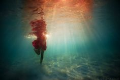Almost feeling slowmotion under water. No burdens no dust. Walk with tinge of flight