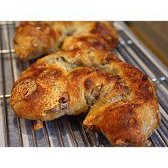 ゴルゴンゾーラチーズのフランスパン | OPAN オパン|東京 笹塚のパン屋