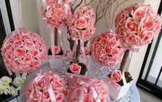 Kit bolas & topiaras I no Elo7 | Rosamorena Artes Florais (310DEE) Mobiles, Arte Floral, Floral Wreath, Valentines, Wreaths, Decor, Main Colors, Yellow Roses, Party Kit