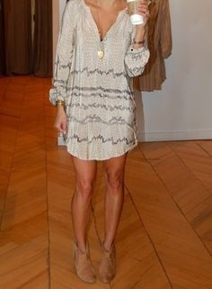 Short dress with booties