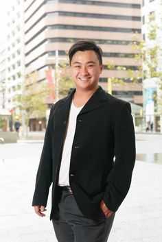 Bryan Susilo in Australia: Bryan Susilo - Designer of His Own Life