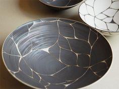 陶器・大皿(黒)[伊藤剛俊] - gg : ジジのウェブ