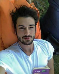 Turkish Men, Turkish Actors, Jonaxx Boys, Alina Boz, Korean Boys Ulzzang, Love Husband Quotes, Vogue Men, Bff, Gentleman