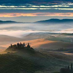 Pienza Tuscany Italy | Photography by @elialocardi.