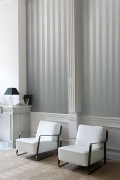 This is a our new #Serene Striped #wallcovering from the #Mariano collection by #Arte, this unique wallcovering is available in five different colours; Gold, Silver and Gold, Silver and white, Beige and white and Grey. If you would like to take a closer look at what is available please click through