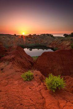 Ex cava di bauxite ad Otranto (Lecce)