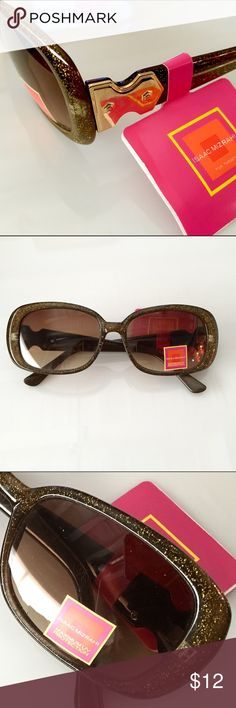 NWT Isaac Mizrahi Sunglasses Brown Sparkle Frames Add some sparkle in your life with these Super cool Isaac Mizrahi sunglasses. Golf metal trim on both sides. Isaac Mizrahi Accessories Sunglasses