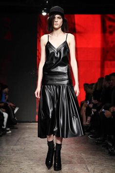 DKNY Ready To Wear Fall Winter 2014 New York - NOWFASHION