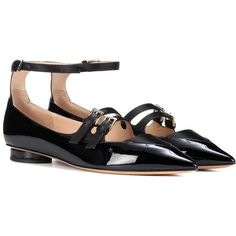 Valentino Valentino Garavani Patent Leather Ballerinas ($810) ❤ liked on Polyvore featuring shoes, flats, valentino, black, ballerina flats, valentino flats, ballet flats, black flat shoes and black ballet flats