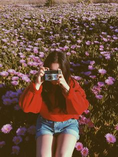 vintage photoshoot in a field full of lilies ! vintage photoshoot in a field full of lilies ! Aesthetic Photo, Aesthetic Pictures, Selfies, Photo Vintage, Photos Tumblr, Image Now, Insta Pic, Photography Poses, Cute Pictures