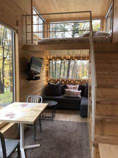 Tiny house cabin, tiny house rentals и tiny house design. Tiny House Loft, Tiny House Living, Tiny House Plans, Tiny House On Wheels, Tiny House Design, Living Room, Tiny House Bedroom, Cozy House, School Bus Tiny House