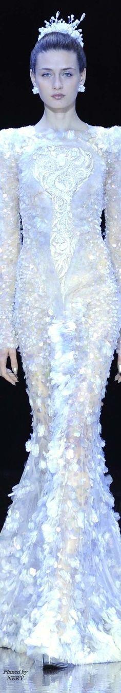 NW ♥ ♥ ♥ Nimrodt Wolfenstein Guo Pei - Fall 2016 Couture