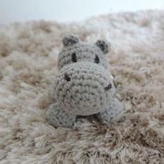 Porte clés hippopotame peluche crochet amigurumi kawaii