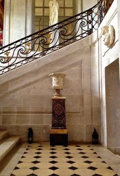 Jacques Garcia, known as one of the best French decorators ~ his home ~ Champ de Bataille