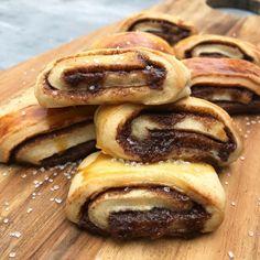 Danish Dessert, Danish Food, Cake Recipes, Snack Recipes, Dessert Recipes, Delicious Desserts, Yummy Food, Miniature Food, Let Them Eat Cake